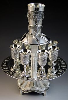 Shabbat Kiddush Fountains, Grape design Silver plated Fountain with Pedestal Silver Centerpiece, Vintage Cutlery, Tabletop Fountain, Fancy Jewellery, Gold Cup, Silver Prices, Tea Set, Grape Vines, Decoration