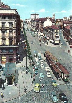 https://flic.kr/p/hhkz9t | Corso Buenos Aires. In basso a sinistra l'entrata dei Bagni di Porta Venezia