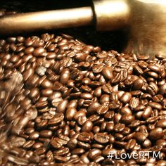 We can't help but #LoveRTM when the smell of freshly-roasted coffee comes wafting out of @OldCityCoffee Philadelphia. It's ALMOST as good as the coffee itself!    Old City Coffee is a participant in our Valentine to the Market event (http://www.partyticketsonline.com/valentine_to_the_market) Share the love!