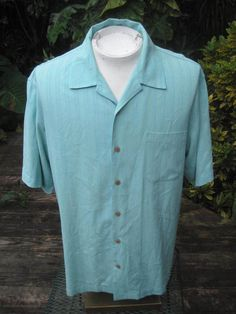 Mens CASUAL short sleeve shirt pit to pit 24L TOMMY BAHAMA silk jacquard stripe  #TommyBahama #ButtonFront