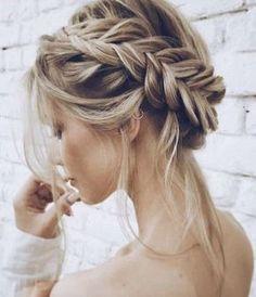 Romantischer Haarkranz