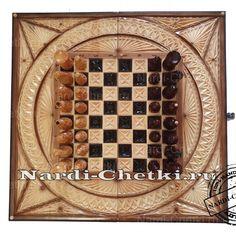 """Магазин подарков ручной работы представляет игровой набор """"Охота"""". Резные шахматы-нарды, а также специальная шкатулка для хранения шахматных фигур, выполнены мастером из липы. #нарды #шахматы #игры #подарок #резьба #ручнаяработа Chess"""