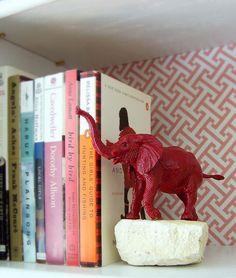 Faça você mesmo: aparadores de livros divertidos