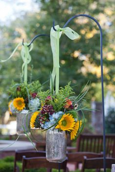 Hanging flowers (w/sunflowers)