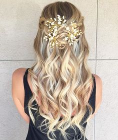 Styled by – Lisa Van de Mareen Fairytale hair. Styled by Fairytale hair. Ball Hairstyles, Homecoming Hairstyles, Formal Hairstyles, Bride Hairstyles, Pretty Hairstyles, Hairstyles 2018, Hairstyle Ideas, Prom Hairstyles Down, Latest Hairstyles