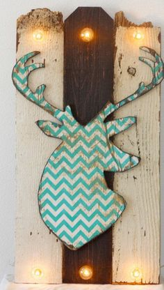 Hirschgeweih Deko - imitation decorative items for DIY - Decoration Solutions Home Projects, Craft Projects, Projects To Try, Wood Crafts, Diy And Crafts, Arts And Crafts, Deer Decor, Rustic Decor, Hirsch Silhouette