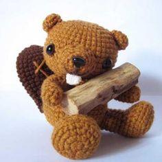 Mabelle the Beaver amigurumi crochet pattern by Sweet N' Cute Creations