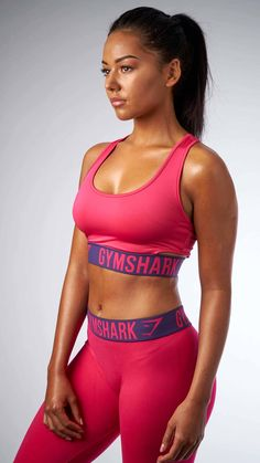 Your favourite Fit leggings now have a Sports Bra to match. Complete your outfit and dominate your workout.