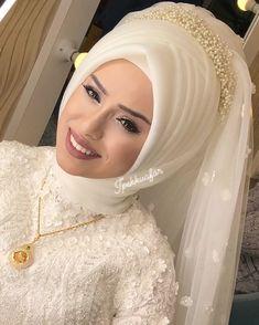 Wedding & Care – Best Of Likes Share Turkish Wedding Dress, Muslim Wedding Gown, Hijabi Wedding, Wedding Robe, Muslim Wedding Dresses, Muslim Brides, Muslim Girls, Bridal Dresses, Bridal Hijab Styles