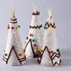 Despite tradition, I always feel guilty about incorporating any aspect of Pilgrims and Indians into my Thanksgiving because of well, you know, the whole genocide thing. Maybe I can figure out some non-downer discussion of the situation while making these adorable tepee treats.