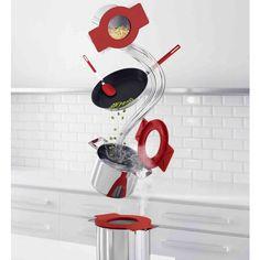 as ollas Gravity de Eva Solo tienen tres funciones principales que las separen de otras ollas. FUNCTION # 1 Tamiz integrado - Levante y gire la tapa y con facilidad puedes filtrar el agua de la pasta y las papas a través de los agujeros de la tapa. FUNCIÓN # 2 Pon la tapa horizontal - coloque la tapa en el borde de la olla y elimina el agua y la salsa en la mesa. FUNCTION # 3 Válvula de vapor intergardo - Levante y gire la tapa para que el vapor se deja salir por los orificios de la tapa.