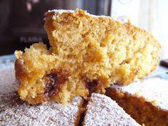Este foi mais um daqueles bolos simples e rápidos, improvisados à última da hora para um jantar inesperado com visitas a meio da semana. ...