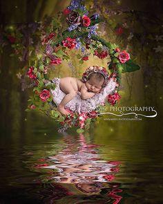 Newborn Baby care Tips Newborn Baby Care, Newborn Baby Photos, Newborn Pictures, Baby Boy Wreath, Baby Girl Photography, Maternity Photography, Baby Club, Baby Girl Baptism, Baby Girl Pictures