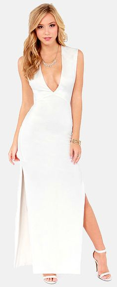 First Come, First Curve Ivory Maxi Dress