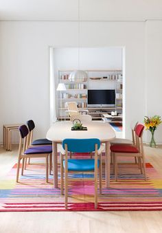 colors & chairs
