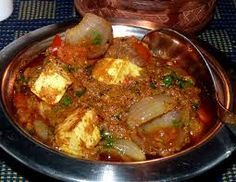 Paneer do pyaza is an appealing paneer dish with luscious paneer or cottage cheese cubes cooked in a rich and creamy onion based gravy. This is vegetarian Paneer Recipes, Tofu Recipes, Vegetable Recipes, Cooking Recipes, North Indian Recipes, Indian Food Recipes, Punjabi Recipes, Punjabi Food, Indian Snacks