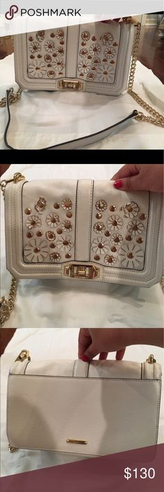 'Love' Rebecca Minkoff White purse with daisys 'Love' Rebecca Minkoff White purse with daisys. It looks brand new Bags Shoulder Bags