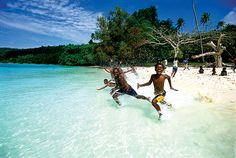 Luxury Yacht Destination Guide: South Pacific Islands