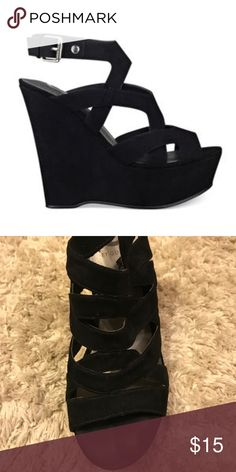 65d3a74c68a8 Guess Black Wedges Guess Black Wedges