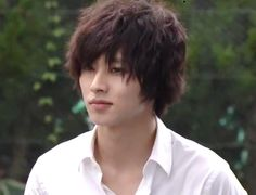 "L from Ep.4, Jul/26/'15     Kento Yamazaki, Masataka Kubota, Hinako Sano.  J drama series ""Death Note"",   [Ep. w/Eng. sub] http://www.dramatv.tv/search.html?keyword=Death+Note+%28Japanese+Drama%29"