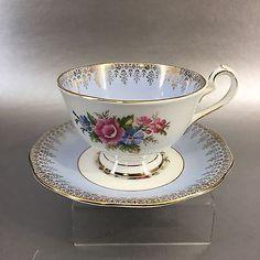 Queen-Anne-Periwinkle-Blue-Floral-Bone-China-Teacup-England-Vintage