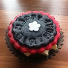 Black and red happy birthday cupcake by Daniellerosemakes