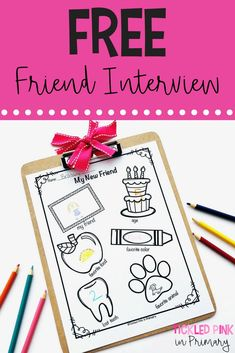 to Build a Classroom Community Atmosphere This FREE friendship interview worksheet is great for back to school. Help build a classroom community and let students get to know each other at the beginning of the year. Kindergarten First Week, Kindergarten Freebies, First Day Of School Activities, Kindergarten Lesson Plans, 1st Day Of School, Beginning Of The School Year, Kindergarten Classroom, Kindergarten Activities, Classroom Activities