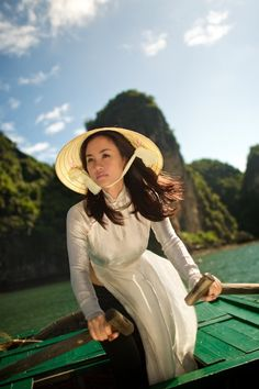 Halong Bay, Vietnam   Visions of Indochina