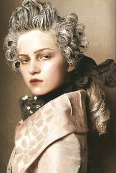 Marie Antoinette for Vogue Italia Mar. 2005 by Steven Meisel - Definitely some VERY strong influences from 18th century men's fashion!