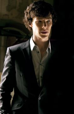 This is exactly how Sherlock Holmes should look: a little bit scary but also weirdly attractive.