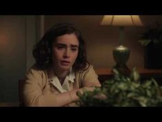 Lily Collins Definitely Doesn't Know Zac Efron Is A Murderer In This New Ted Bundy Image Battle Of Dunkirk, Desmond Doss, Tragic Love Stories, Ted Bundy, Innocent Girl, Lily Evans, Face Reference, Spiritual Awareness, Zac Efron