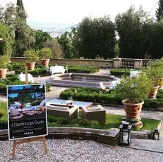 Let's celebrate summer and have a good time tonight at our aperitif Il Giardino del Gusto!  #giardinodelgusto #italianaperitif #cocktails #ilsalviatino #adayinflorence #visitflorence #florence #firenze