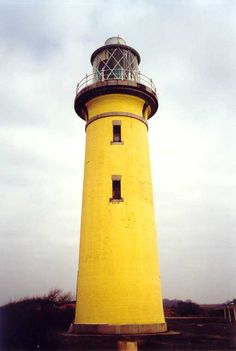 yellow lighthouse | Lighthouses of Denmark: Sjælland Region