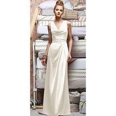 Everything is illuminated when you  wear this Lela Rose Renaissance dress #dessygroup #lelarose
