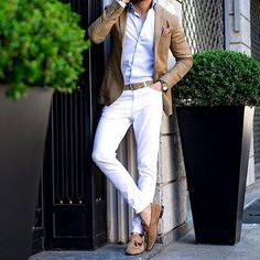 Casual look - White Pants Outfit, Blazer Outfits, Casual Outfits, Men Casual, Stylish Men, Fashionable Outfits, Cooler Look, Herren Outfit, Mens Fashion Suits