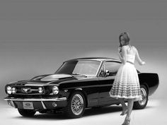 Mustang... I'm liking Ford a little more now seeing these old Mustangs! I'm still a Chevrolet kinda girl <3
