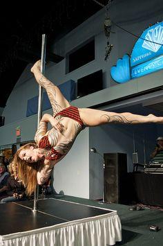Pole Dancer Pantera Blacksmith's Bow & Arrow