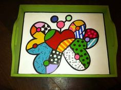 Bandeja Desayuno Simil Romero Britto - $ 480,00 en Mercado Libre Whimsical Art, Painting On Wood, Pop Art, Crafts For Kids, Doodles, Tray, Butterfly, Hand Painted, Stickers