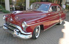 Oldsmobile 88 2dr sedan American Classic Cars, Old Classic Cars, Classic Style, Vintage Cars, Antique Cars, Oldsmobile 88, Counting Cars, Flying Car, Classic Cars