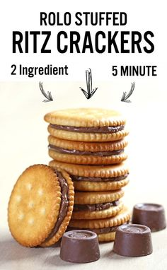 Rolo stuffed Ritz crackers - an awesomely easy-to-make salty-sweet, caramel-chocolate combo. Trust me. A match made in Heaven. Christmas Main Dishes, Christmas Snacks, Xmas Food, Christmas Cookies, Christmas Candy, Christmas Gifts, Candy Recipes, Sweet Recipes, Holiday Recipes