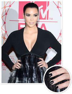 Kim Kardashian at the MTV EMAs #beauty #nails
