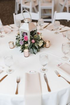 Stunning and elegant wedding reception at the Baltimore Zoo in Maryland. Wedding Tablescapes, Lantern Flower Centerpieces, Wedding Detail Inspiration, Destination Wedding Photographer, Wedding Photography #baltimorezoo #baltimorewedding #marylandwedding #destinationwedding #weddingphotographer #weddingreception #weddinginspo