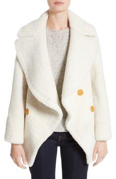 4f4873210ec0 Fila Chaussures   Ralph Lauren Pas Cher Soldes Burberry Manteau en  shearling blanc femme