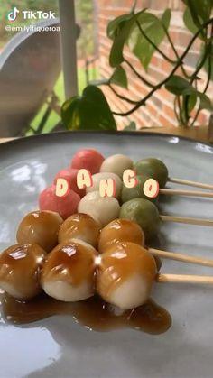 Fun Baking Recipes, Cooking Recipes, Dango Recipe, Cute Food, Yummy Food, Asia Food, Cute Baking, Aesthetic Food, Creative Food