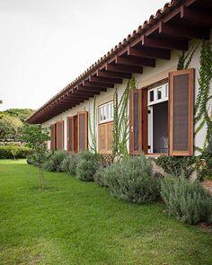 Las Hamilton Homes Luxury Apartment Village House Design, Village Houses, Detail Architecture, D House, Home Room Design, Tropical Houses, Garden Furniture, My Dream Home, Beautiful Homes