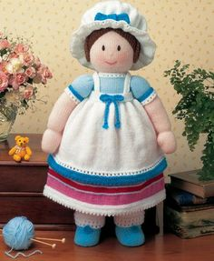 A charming collection of old-fashioned dolls and teddy bears Jemima-Jane Jemima-Jane Jemima-Jane Jemima-Jane Miss Amelia Miss Sophie Miss Christabel Knitted Doll Patterns, Easy Knitting Patterns, Knitted Dolls, Knitting Designs, Crochet Toys, Crochet Pattern, Free Pattern, Jean Greenhowe, Stuffed Toys Patterns