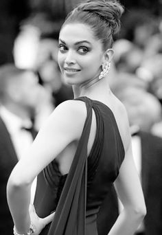 OH MY BOLLYWOOD — ohmybollywood:  CANNES, FRANCE - MAY 18:  Deepika...