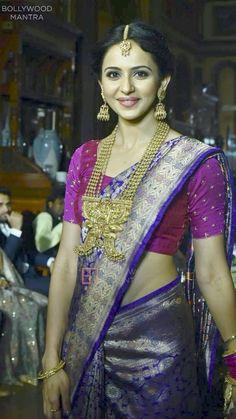 #PattuPodavai #SouthIndianGirl #Traditional Hindu Culture, Elegant Saree, Tamil Actress, South Indian Actress, Beautiful Saree, India Jewelry, Saree Blouse Designs, India Beauty, Saree Wedding