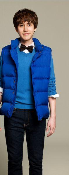 KyuHyun in blue <3