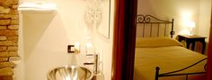 bed & breakfast in historical center and shooping street in Cagliari, sardinia